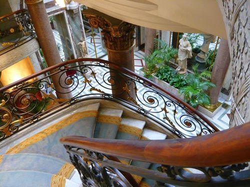 Paris--ete-2007-1157--escalier-au-musee-Jacquemart.jpg