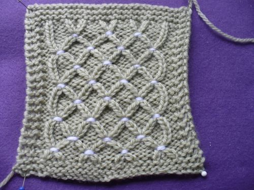 boucle or carre H 002