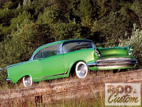 1002rc_01_o-1957_chevy_210_sport_coupe-front_angle.jpg