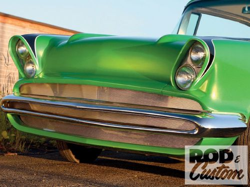 1002rc_12_o-1957_chevy_210_sport_coupe-grille.jpg