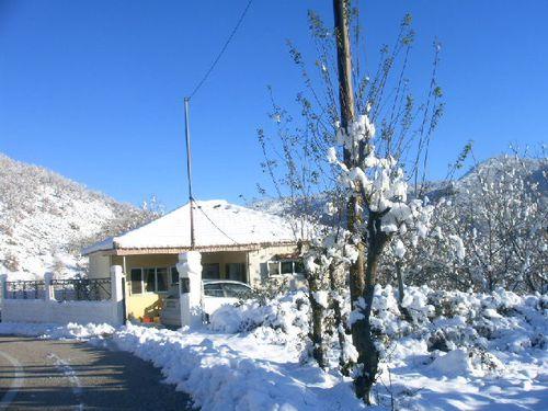 maison enneigée Palaiokastro