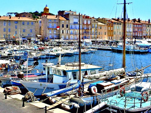 2899 SAINT TROPEZ un coin du Port