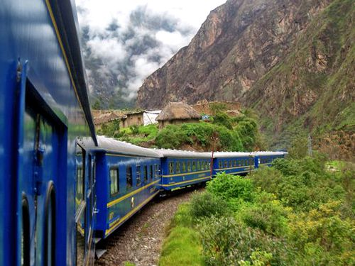 0691-PEROU-Train-MACHU-PICCHU.jpg