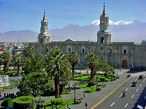 0273-AREQUIPA-Cathedrale.jpg