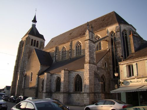 9988-Eglise-St-Martial-CHATEAUNEUF.jpg