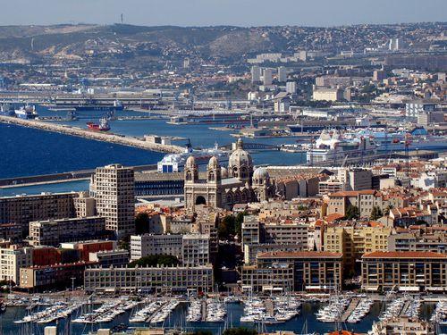 8198 MARSEILLE Les Ports et la Ville