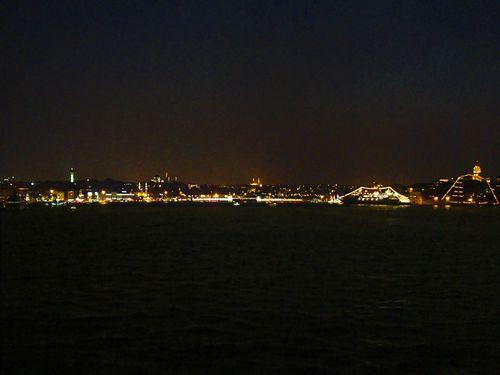7714-ISTANBUL-Nuit-sur-le-port.jpg