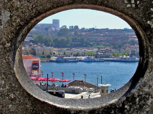 0163-PORTO-Port-sur-le-Douro.jpg
