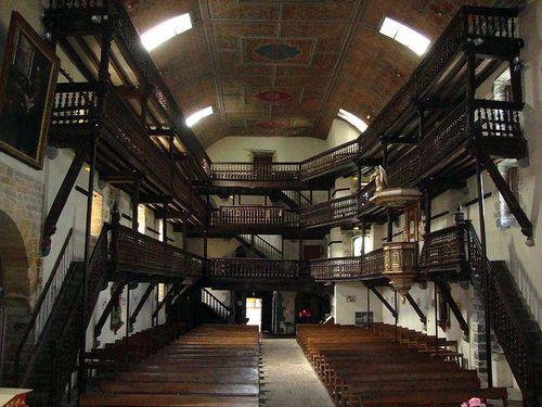 église - galeries intérieures
