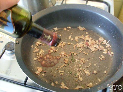 Timbale-de-spaghettis-aux-foies-de-volaille-Mamigoz--4-.JPG