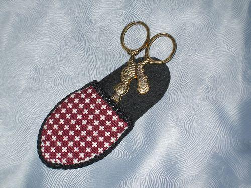 KD_Scissors-Shoe-2.JPG