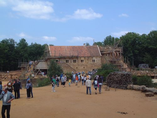 chateau-guedelon.jpg
