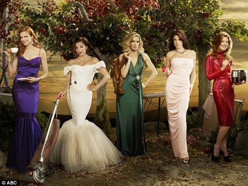 DESPERATE HOUSEWIVES - STREAMING - SAISON 1, 2, 3, 4, 5