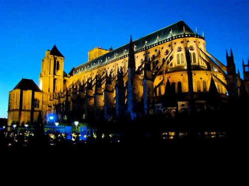 berry-bourges-nuits-lumiere_med.jpeg
