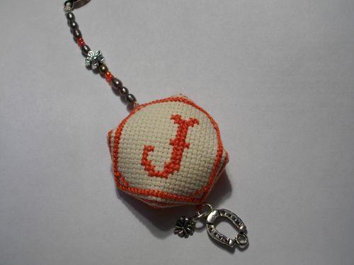 biscornu-JOe2.JPG