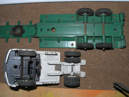 camion unic citerne-dinky toys 003
