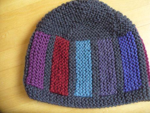 11_01-bonnet-gris-carres-1.JPG