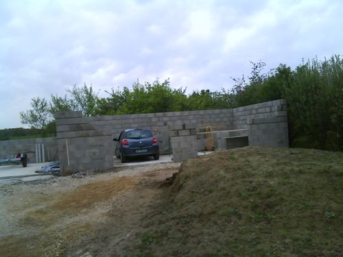 Construction garage double et portail le petit coin de for Construction garage double