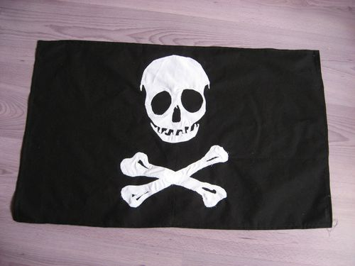drapeau-de-pirate-006.jpg