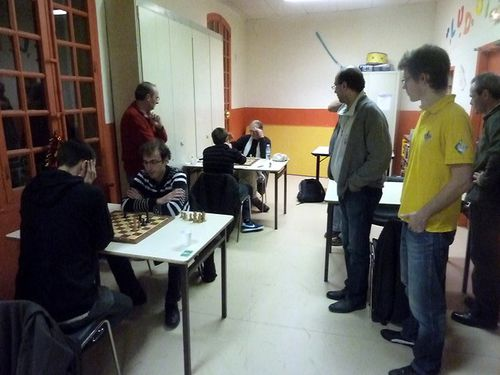 forgues-collier-chess-aix.JPG