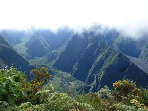La Réunion-Notre Dame de la Paix-juin 2014-vue vallée