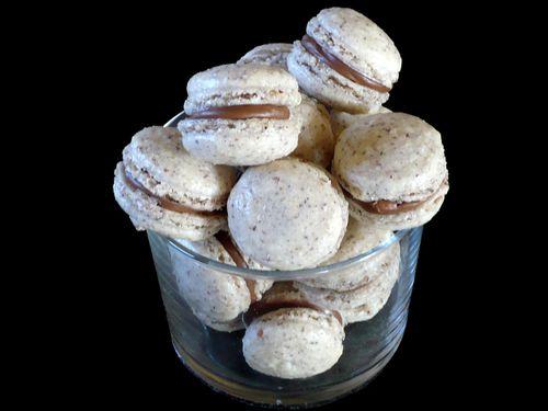 Macarons-Noisettes---Praline.jpg