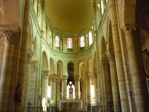 St-Menoux-intérieur