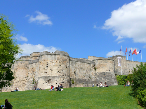 chateau-caen.png