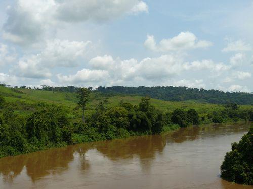 makabana-pont-niari-fleuve