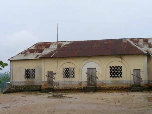 saras-mayombe-bâtiment-colonial