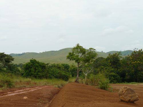 bouenza-piste-mabombo-erosion