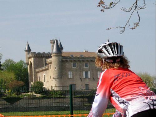Magali-et-chateau--Resolution-de-l-ecran-.jpg