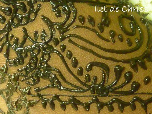 tatouage au henné - ilet de chriss