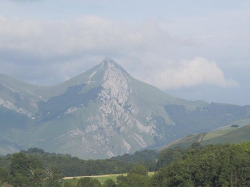 Pays basque français. Vallée de St-Jean Pied de Port13