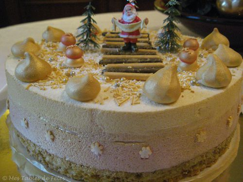 Entremets Noël 2009 framboise cassis choco blanc