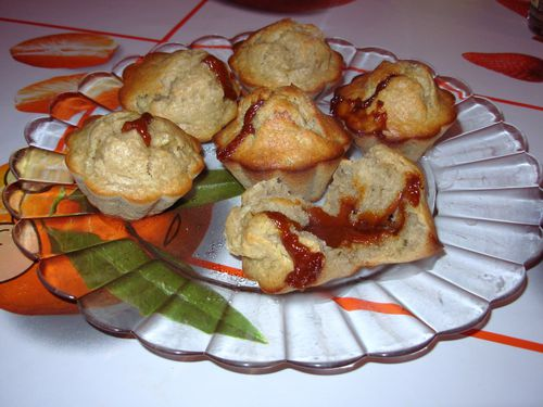Muffins-bananacoco-coeur-caramel2.jpg