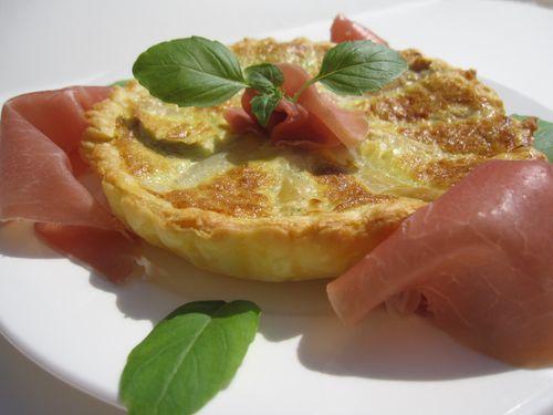 Tartelette-aux-asperges-et-jambon-de-Parme.JPG