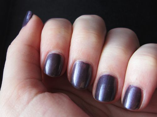 Avril-figue-nacre-vernis.JPG