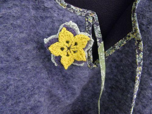 broche-fleur-cape.JPG