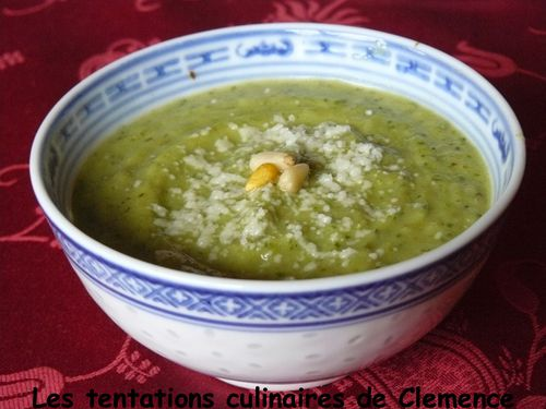 soupe-courgette-fromage--pesto.jpg