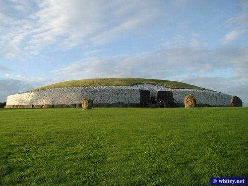 Newgrange_s.jpg