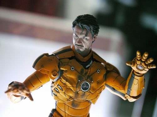 iron-man-customs-hot-toys-10th-anniversary-56