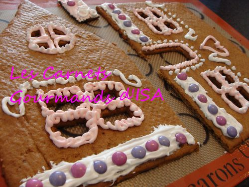 sweet gingerbread house4