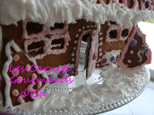 sweet gingerbread house9