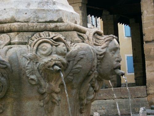 Pernes-les-Fontaines06-bis.jpg