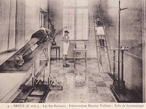 bas buissons sanatorium pavillon salle gym