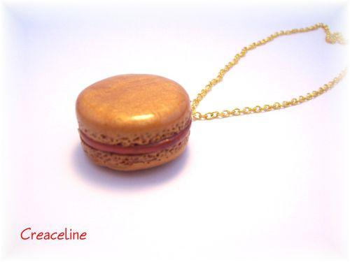 Sautoir-macaron-or.jpg