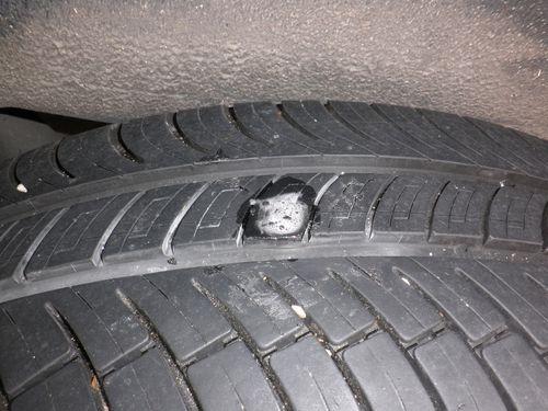 Reparation-pneu--15-.JPG