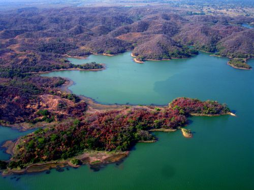 Area-del-embalse-machango.jpg
