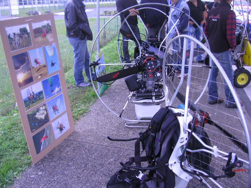 Puces-moto-Conflans-Moto-loup-2013 8517